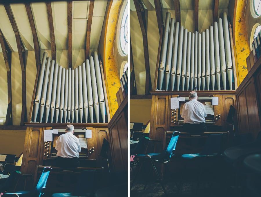 Sounds of the organ at Hertford R C Church, Hertfordshire