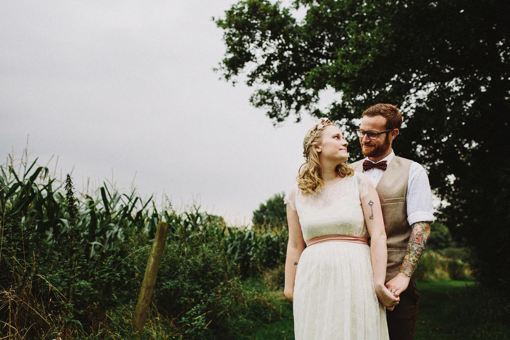 artistic wedding portraits