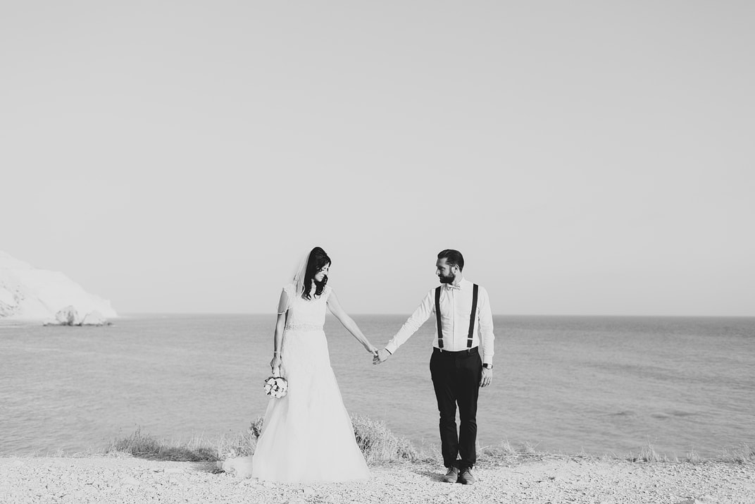 aphrodites rock wedding portraits