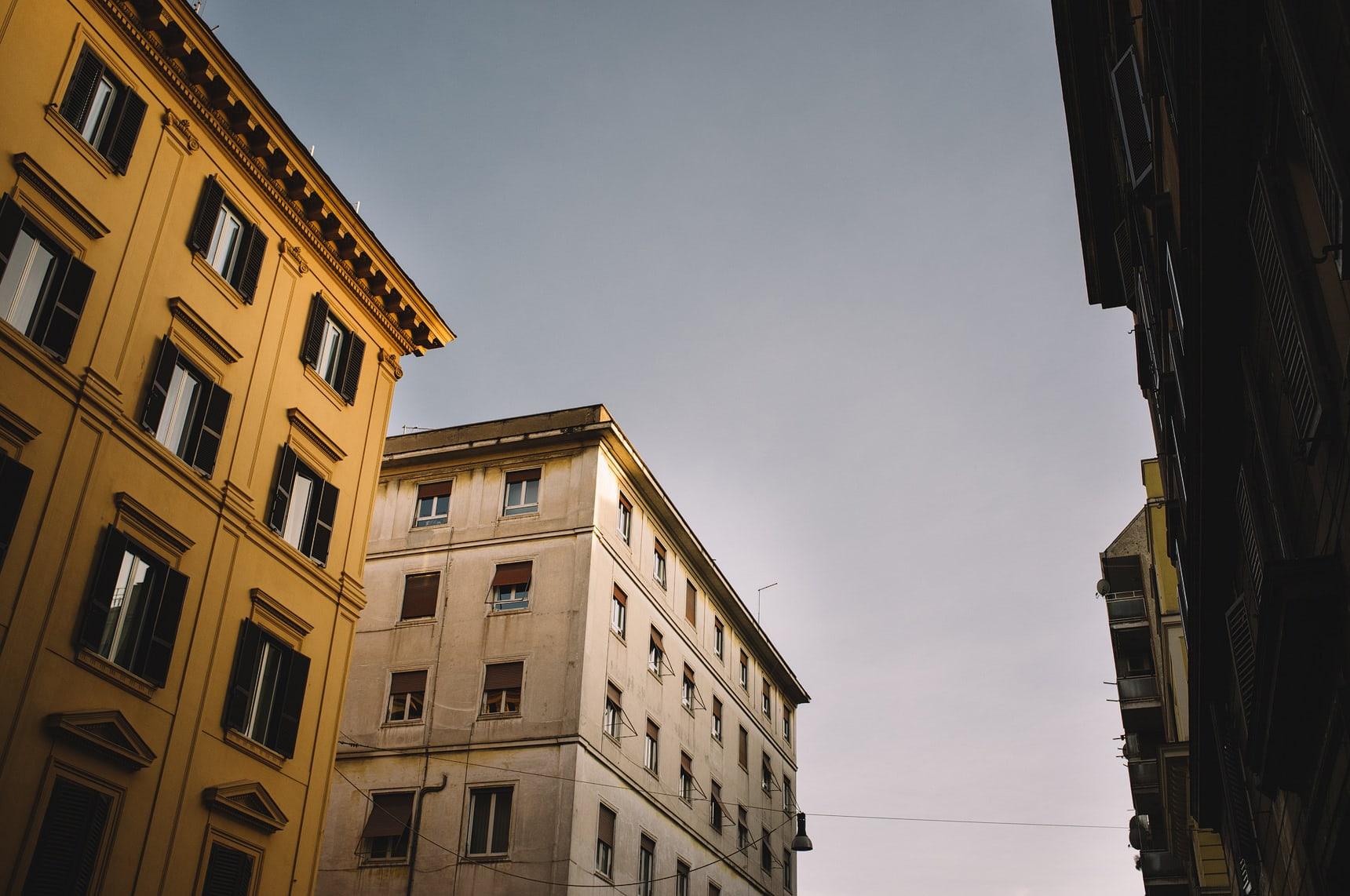 wedding photographer shooting street in rome italy