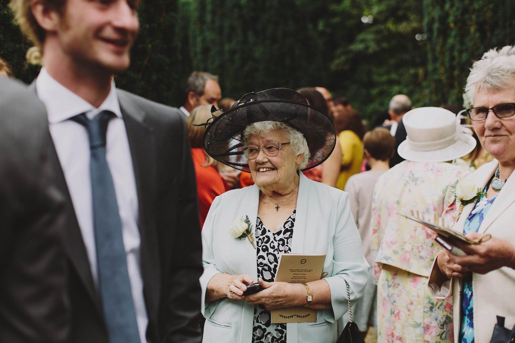 st marys church turweston wedding photographer