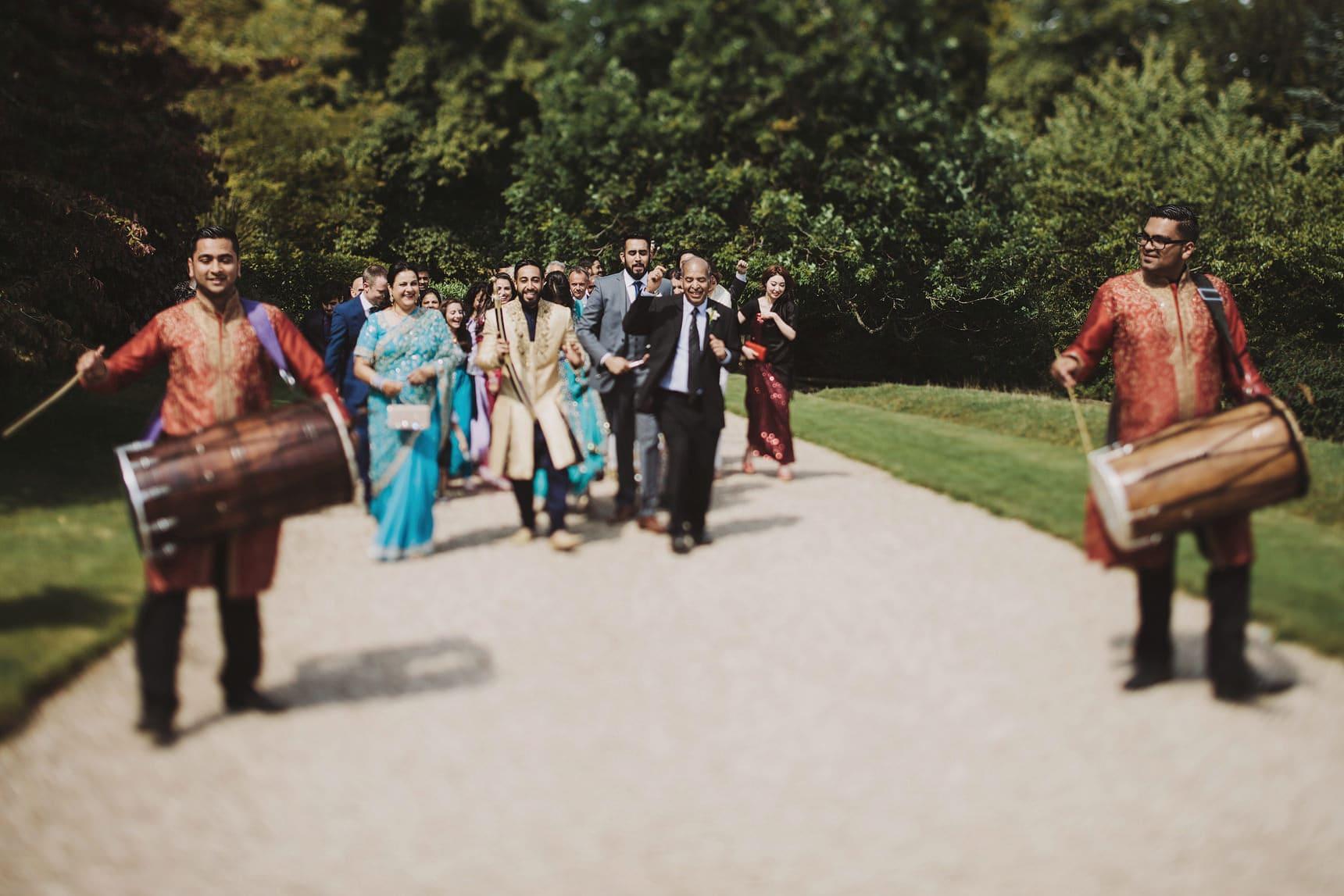 asian wedding photography sezincote house