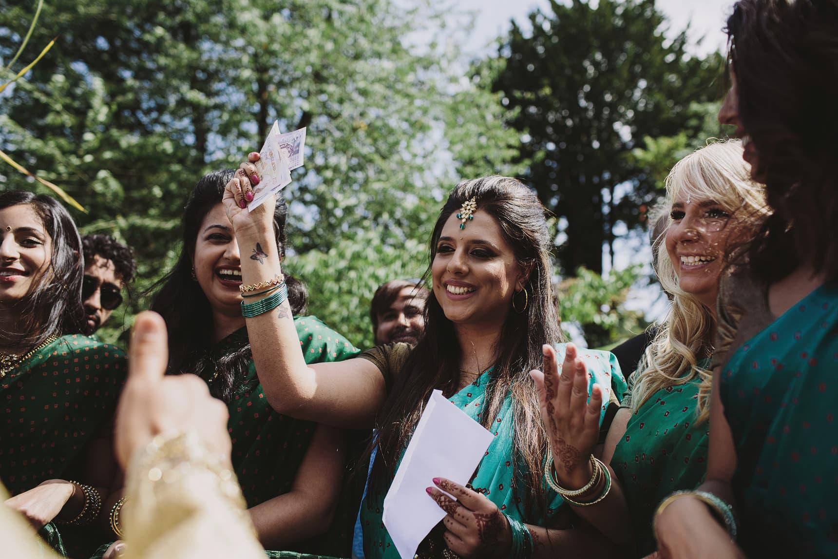 asian wedding photographer sezincote estate