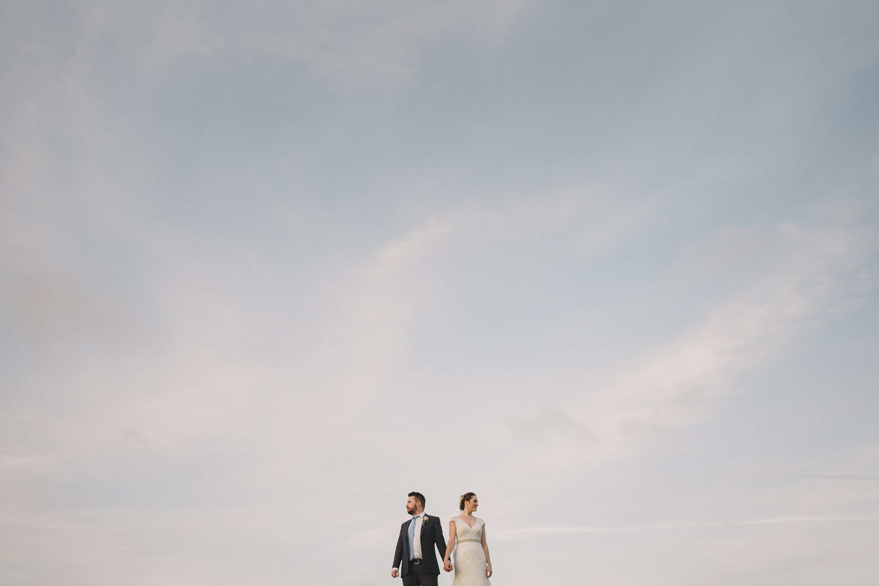 pangdean barn wedding portraits in brighton