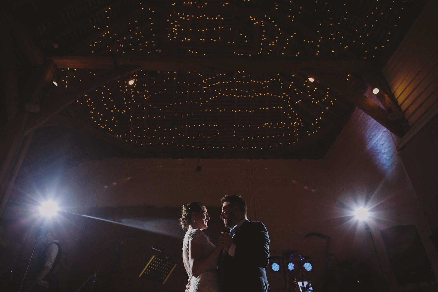 first dance at pangdean barn