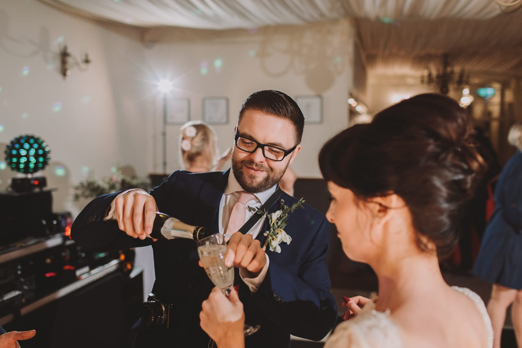 evening wedding photographer