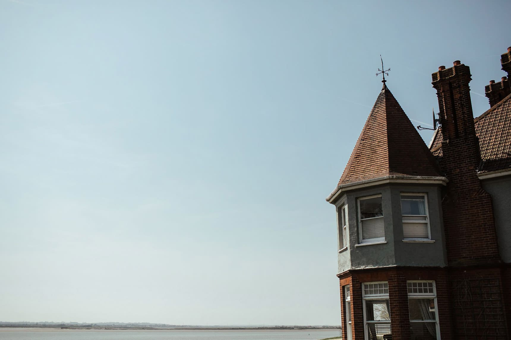 wedding by the sea in essex