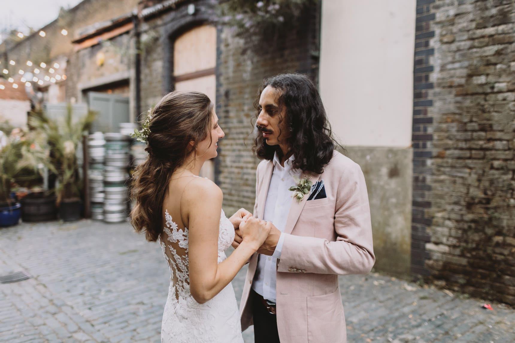 east london wedding couple