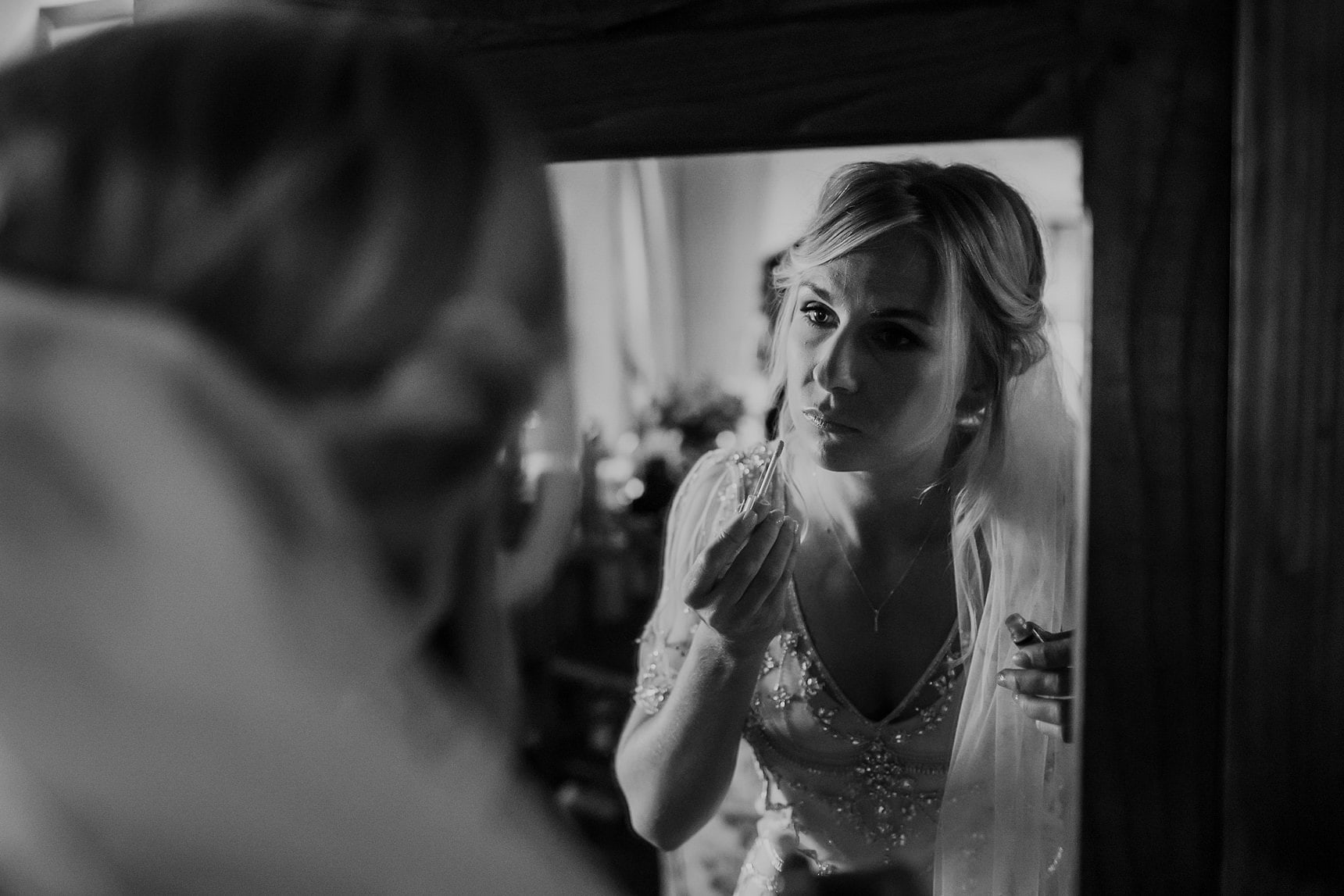 morning prep wedding photography in tuscany