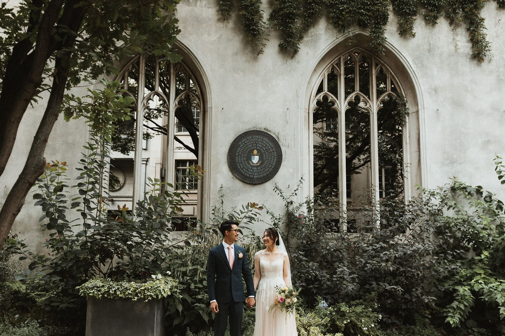 st dunstan in the east asian wedding